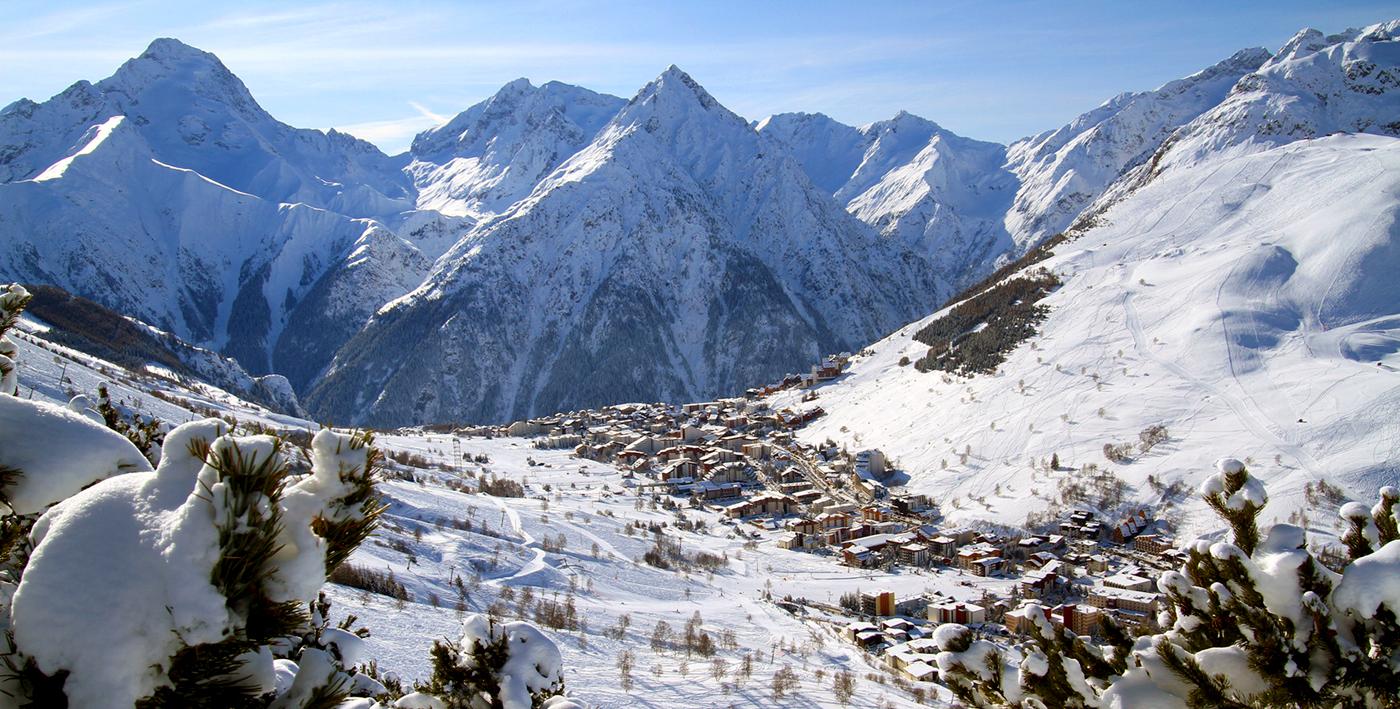 H tel adret les 2 alpes h tel les deux alpes votre for Piscine les deux alpes